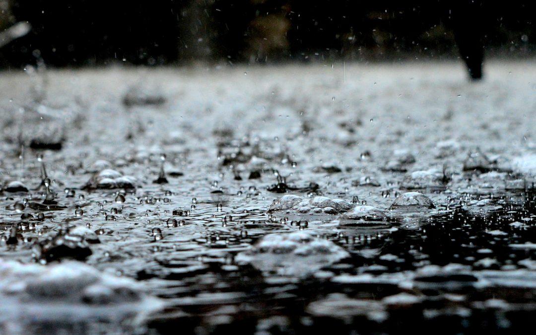 Jak zmodernizować zbiornik retencyjny, aby można było wykorzystać wodę opadową?